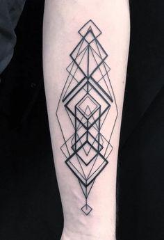 Artistic geometric tattoos designs for female - blurmark. triangles arranged in different way Geometric Tattoo Cover Up, Geometric Tattoo Nature, Geometric Tattoo Meaning, Geometric Tattoos Men, Geometric Tattoo Design, Triangle Tattoos, Tattoo Abstract, Forearm Tattoo Design, Neue Tattoos