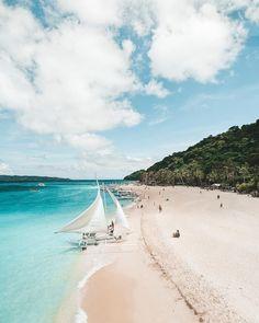 Philippine Holidays, Boracay Philippines, Boracay Island, Mindanao, Vacation Resorts, Palawan, Island Resort, Beautiful Beaches, Adventure Travel