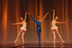 Trois - Spinelli Escola de Dança