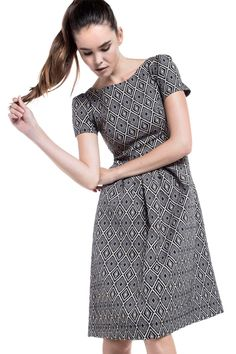 8d407eeb7b31 86 ελκυστικές εικόνες με Dresses
