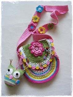 Fizule71: Háčkovaná sovička Crochet Necklace, Christmas Ornaments, Holiday Decor, Coin Purses, Bags, Crochet Purses, Tatoo, Coin Wallet, Handbags