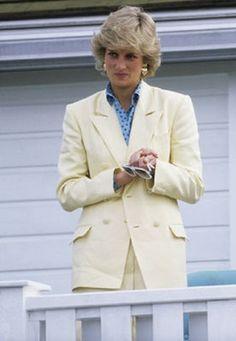 Princess Diana (1961-1997) Appreciation Year Day 150: the princess watches a polo match, May 31 1987.