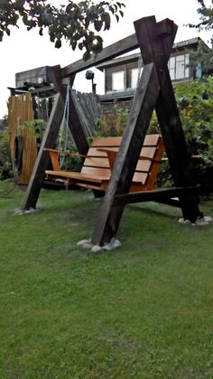 Large backyard landscaping ideas are quite many. However, for you to achieve the best landscaping for a large backyard you need to have a good design. Backyard Swings, Large Backyard, Backyard Landscaping, Backyard Ideas, Landscaping Ideas, Beginner Woodworking Projects, Diy Woodworking, Woodworking Furniture, Carpentry Projects