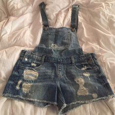 7b9726f89a4 Overalls Jean short overalls. Set price Forever 21 Shorts Jean Shorts  Pantalones Cortos De Jean
