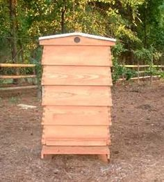free plans woodworking resource from BeeSource - beehives,beekeepers,bees,hives,free woodworking plans,projects