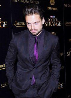 Seb looks amazing in this suit!