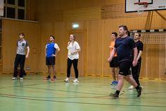 Studenten der FHV beim wöchentlichen Sport Volleyball, Basketball Court, Sports, Students, Sport
