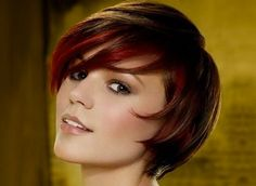 Short Layered Bob Hairstyles for Fine Hair. See all Short Layered Bob Hairstyles 2013 from Cute Easy Hairstyles - Best Haircut Style and Color Ideas. Prom Hairstyles For Short Hair, Cute Short Haircuts, Pixie Hairstyles, Wedding Hairstyles, Cool Hairstyles, Brunette Hairstyles, Bangs Hairstyle, Vintage Hairstyles, Hairstyle Ideas