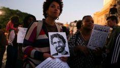 Angola, al via processo ad attivisti per i diritti umani. Manifestazioni a sostegno di Luaty Beirão, foto di José Sena Goulão/Lusa.