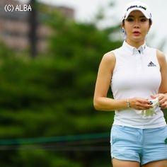 アン・シネ | 全て | 女子プロ写真館 | ゴルフのポータルサイトALBA.Net Great Women, Beautiful Women, Lpga, Golf Outfit, Japan, Golfers, Korean, Australia, Korean Language