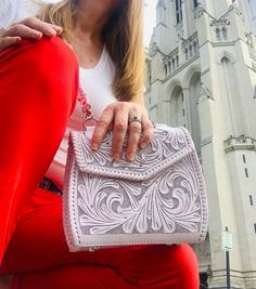 "ALLE Handbags on Instagram: ""Crossbody ""Ericka"" available in white, turquoise, natural honey, and silver by ALLE hand tooled leather handbags - FREE SHIPPING USA -…"" Tooled Leather Purse, Leather Tooling, Leather Purses, Leather Crossbody, Leather Handbags, Natural Honey, Crossbody Clutch, Orange Leather, Natural Leather"
