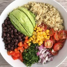 Quinoa Buddha Bowl Author: Healthy Gluten-Free Family Ingredients Quinoa avocado black beans corn tomatoes red onions, red pepper parsley a splash of rice wine vinegar Instructions Combine ingredients Healthy Meal Prep, Healthy Snacks, Healthy Eating, Healthy Recipes, Diet Recipes, Healthy Drinks, Dinner Healthy, Healthy Dishes, Healthy Summer