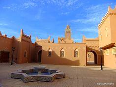 The town of Zagora in South Morocco, gate to the desert La localidad de Zagora en el sur de Marruecos, la puerta al desierto - Ana Abad S - Google+