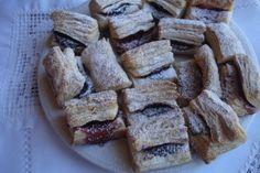 Ez az alapanyag kitűnő az almás, a meggyes és a túrós réteshez (ez esetben a borsot mellőzzük), valamint a pogácsákhoz, stanglikhoz. Tehát sós és édes… Cookie Recipes, Dessert Recipes, Almond, French Toast, Muffins, Sweets, Cookies, Baking, Breakfast