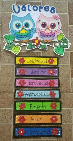 Memorable First Week of School Activities Classroom Organization, Classroom Decor, Classroom Management, Class Decoration, School Decorations, Diy And Crafts, Crafts For Kids, Spanish Classroom, Spanish Lessons