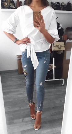 pretty cool outfit shirt + skinny jeans + heels