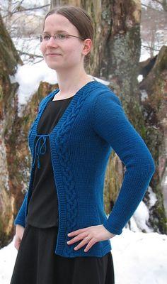 Ravelry: Viator pattern by Henna Markkanen Mittens, Ravelry, Henna, Knitwear, Knit Crochet, Pullover, Sweaters, Cardigans, Knitting
