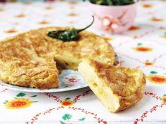 Tortilla mit Kartoffeln ist ein Rezept mit frischen Zutaten aus der Kategorie Omelett. Probieren Sie dieses und weitere Rezepte von EAT SMARTER!