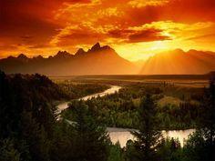 #Beautiful #Mountains #SunSet