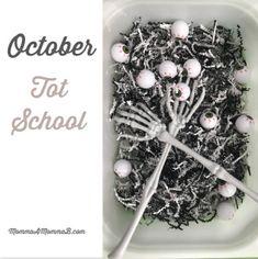 Spooky Scoop and Transfer Activity Toddler Halloween, Halloween Diy, Halloween Activities, Toddler Activities, Five Little Pumpkins, Unit Plan, School Themes, Tot School, Sensory Bins
