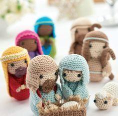 Crochet nativity: Free pattern ~ Nicest crochet Nativity I've seen!