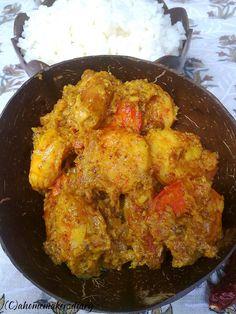 A Homemaker's Diary: Chingri Macher Aam Kasundi (Prawns in a Mustard and Raw Mango Based Gravy)