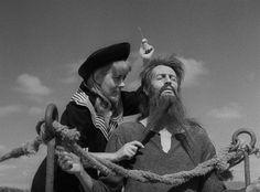 """Silvia Pinal, Claudio Brook in """"Simón del desierto"""" (Luis Buñuel, 1965)"""