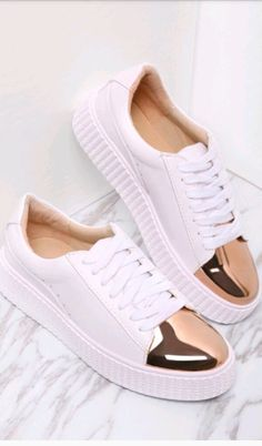 To find out about the White Contrast Round Toe Rubber Sole Sneakers at SHEIN, part of our latest Sneakers ready to shop online today! Latest Sneakers, Sneakers Mode, Sneakers Fashion, Work Sneakers, Fashion Fashion, Fashion Women, Fashion Ideas, Vintage Fashion, Cheap Sneakers
