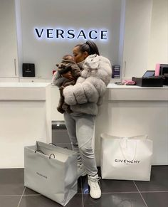 Boujee Lifestyle, Luxury Lifestyle Fashion, Baby Outfits, Mode Outfits, Bougie Black Girl, Future Mom, Black Luxury, Luxe Life, Cute Baby Pictures