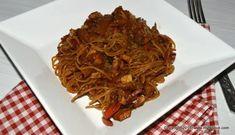 Taitei de orez cu pui si legume in stil asiatic - MyBisque Spaghetti, Ethnic Recipes, Food, Dukan Diet, Hoods, Meals, Noodle
