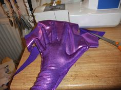 How to make skin tight gloves using lycra fabric and freezer paper. cosplay tutorial