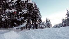 #Cerler te da la posibilidad de despegar desde un #bosque #Snowboard Frozen Water, Snowboard, Outdoor, Surfing, Snow, Woods, Outdoors, Outdoor Games, The Great Outdoors