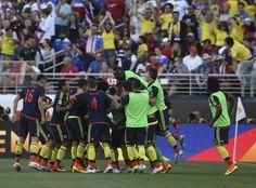 @FCF Celebración colombiana en el debut #9ine