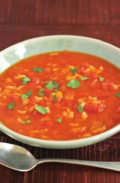 Low FODMAP Recipe and Gluten Free Recipe - Tomato & rice soup http://www.ibs-health.com/low_fodmap_tomato_rice_soup.html