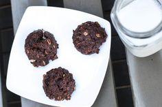 Vegan chocolate oatmeal peanut butter cookies (via Bloglovin.com )