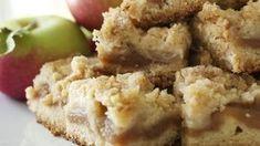 To make it healthy) apple pie recipes, apple desserts, no bake dess Apple Pie Recipes, Apple Desserts, Fall Desserts, Just Desserts, Dessert Recipes, Yummy Treats, Sweet Treats, Yummy Food, Shortbread Bars