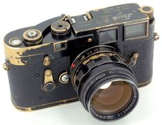 Vintage Leica...oh I just love vintage cameras. Even have a small collection of my own that date back 40-50 years! I've yet to get my hands on a Leica though!