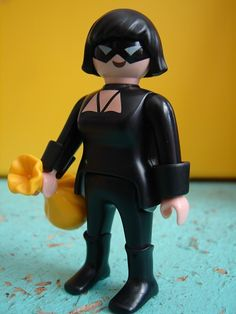 Toyriffic: Catwoman Purrrsday :: Custom Playmobil Catwoman