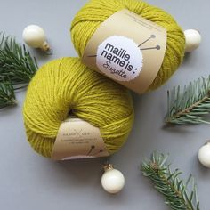 Yarns, needles and notions - maille name is Diy Xmas Gifts, Yarn Bowl, Yarn Needle, Crochet, Diy Projects, Wool, Christmas Ornaments, Boutiques, Holiday Decor