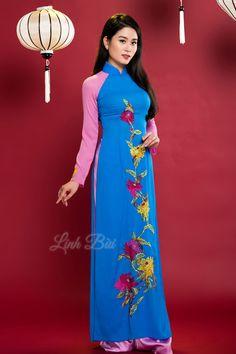 Tên sản phẩm: Áo dài truyền thống  Màu sắc: Xanh - Hồng  Chất liệu: Lụa cao cấp co dãn 4x  Hotline: 092.888.6989 – 0988.992.590
