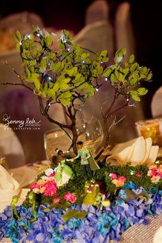 Disney theme wedding fairy tale wedding centerpieces Floral Sculpture - centerpiece make by sculptured floral foam, and assemble flower on top.