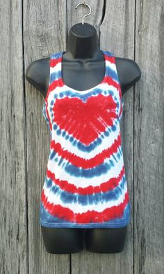Womens patriotic tie dye tank top, s m l xl xxl, red white and blue heart t Blue Tie Dye Shirt, Diy Tie Dye Shirts, Dye T Shirt, Diy Shirt, Diy Tank, Tee Shirts, Bleach Tie Dye, Tye Dye, Tie Dye Heart
