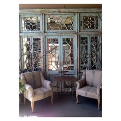 greigedesign's photo on SnapWidget Vintage Shop Display, Vintage Shops, French Style Homes, Shop Displays, Interior Inspiration, Beautiful Homes, Living Spaces, Cool Designs, Divider