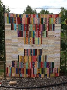 About a week and a half ago, I put out the call for the charity quilt drive my mother is organizing for a local nursing home. Hot Dog Bar, Patriotic Crafts, July Crafts, String Quilts, Quilting Designs, Quilting Ideas, Scrappy Quilts, Quilt Sets, Quilt Tutorials