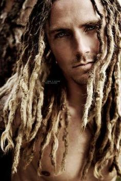 Supplies to create and professionally maintain beautiful natural human hair dreads, extended dreadlocks and locs of every texture. Dreadlock Styles, Dreads Styles, Dreadlock Rasta, Dreadlock Hairstyles, Cool Hairstyles, Mens Dreads, Beautiful Dreadlocks, Natural Hair Styles, Long Hair Styles