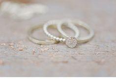organic gliiter wedding inspiration, eventdesign: Irina Thiessen, photo: Nadia Meli, rings: Michaela Römer