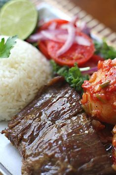 Sobrebarriga Et Yemekleri Colombian Dishes, Colombian Cuisine, Colombian Recipes, Mexican Recipes, Beef Steak Recipes, Comida Latina, Weird Food, Food Goals, Avocado Recipes
