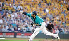 Felix Hernandez Returns as Mariners Rout Astros