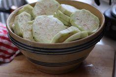15 günde 9 kilo verdiren patlıcan diyeti http://www.sagliklibesin.net/2015/03/15-gunde-9-kilo-verdiren-patlican-diyeti.html