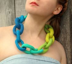 Felt Necklace. Chunky Chain Link Felted Necklace. Handmade Felt Jewelry by…